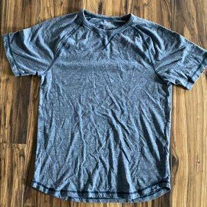 🔹Old Navy Medium Shirt